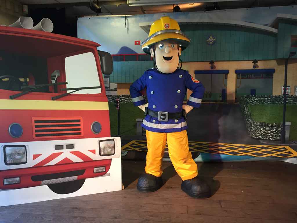 meet fireman sam 2012